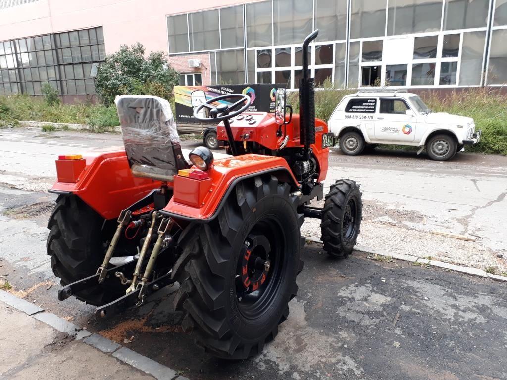 Минитрактор Уралец 220 4х4