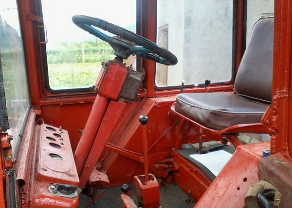 Т-25 100: универсальный трактор для фермера