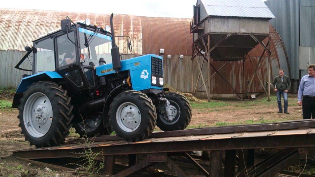 Трактор беларусь мтз 82.1