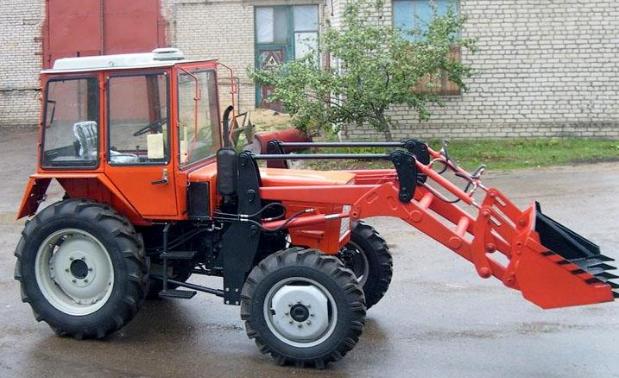 Погрузчик на трактор Т-25