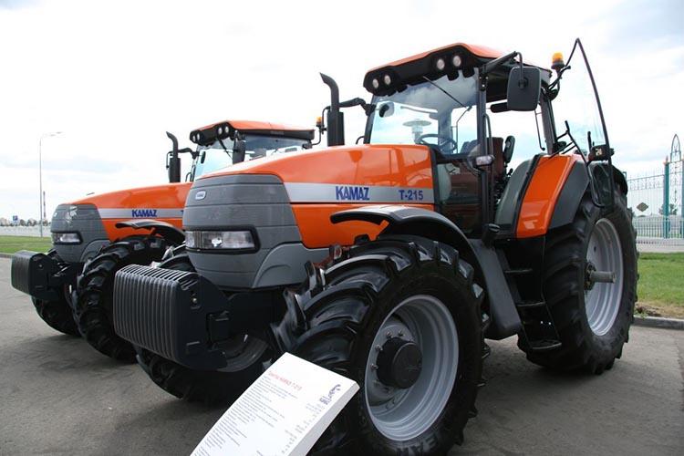 Трактор КМТЗ