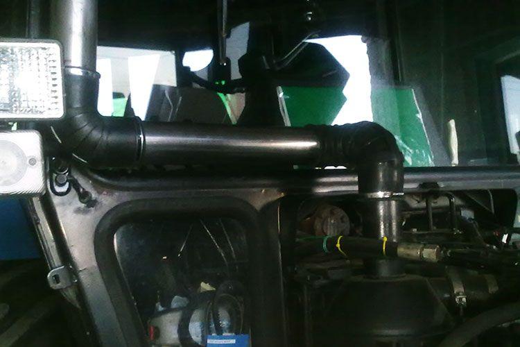 Труба воздухоочистителя трактора МТЗ