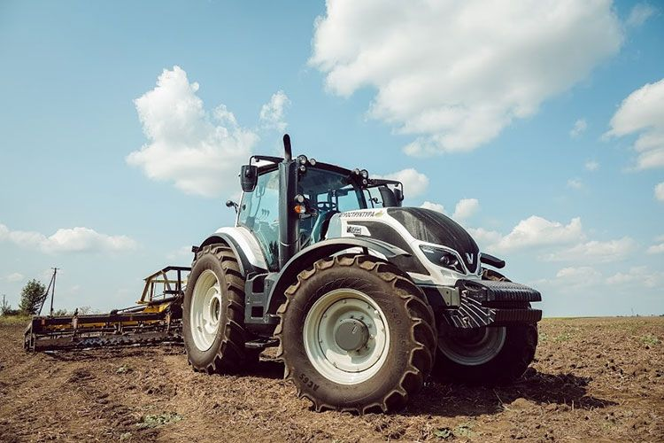 Трактор T234H Valtra