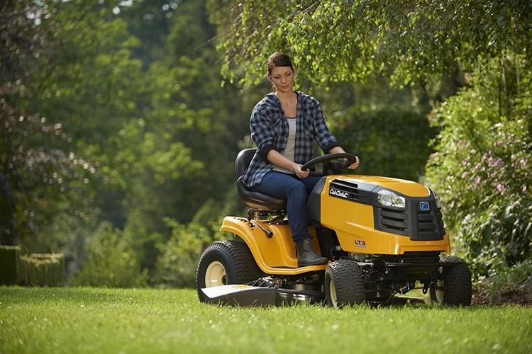 Мини-трактор для покоса