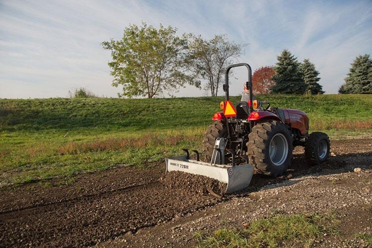 Выравнивание мини-трактором